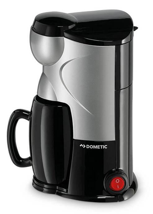 Dometic PERFECTCOFFEE MC 01 = 1-Tassen Kaffee-Maschine 12 Volt für Anschluss im PKW, Coffee-Maker für Zigarettenanzünder im Auto